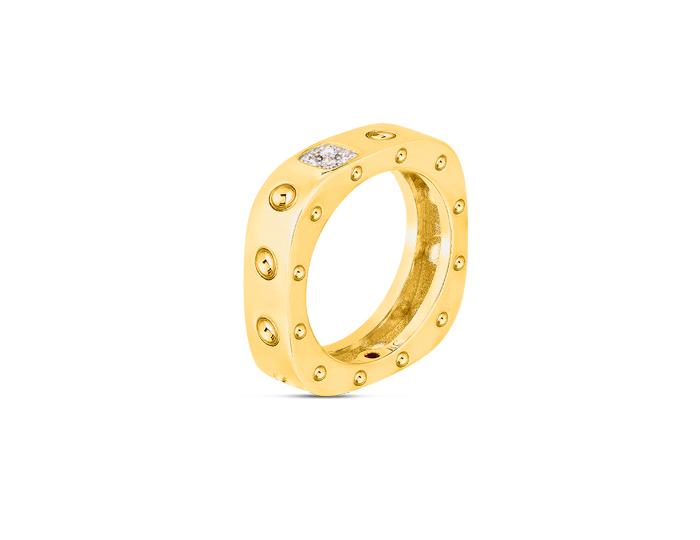 Roberto Coin Pois Moi Collection round brilliant cut diamond ring in 18k yellow gold.