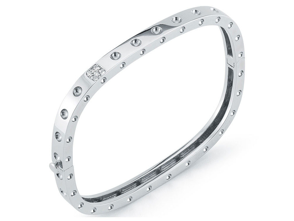 Roberto Coin Pois Moi Collection round brilliant cut diamond bracelet in 18k white gold.