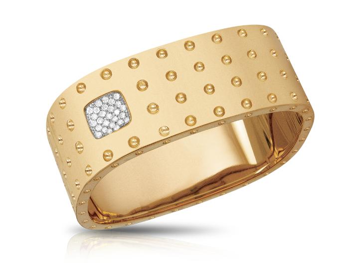 Roberto Coin Pois Moi Collection round brilliant cut diamond bracelet in 18k yellow gold.