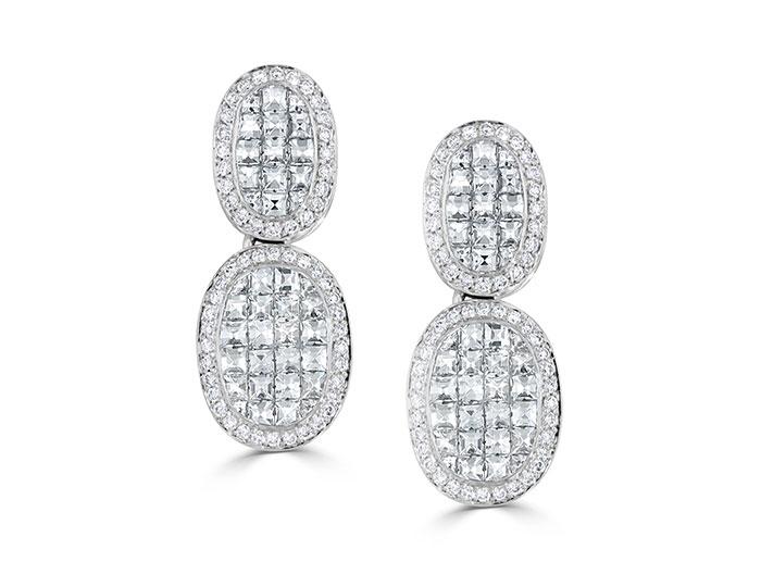 Blaze cut and round brilliant cut diamond earrings in 18k white gold.