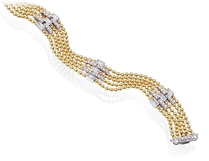 Maria Canale Flapper Collection baguette cut and round brilliant cut diamond bracelet in 18k yellow gold.