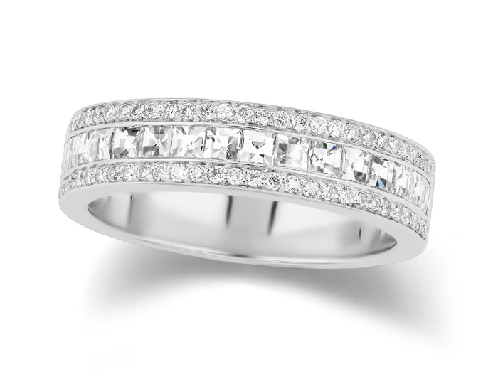 Bez Ambar blaze cut and round brilliant cut diamond band in 18k white gold.