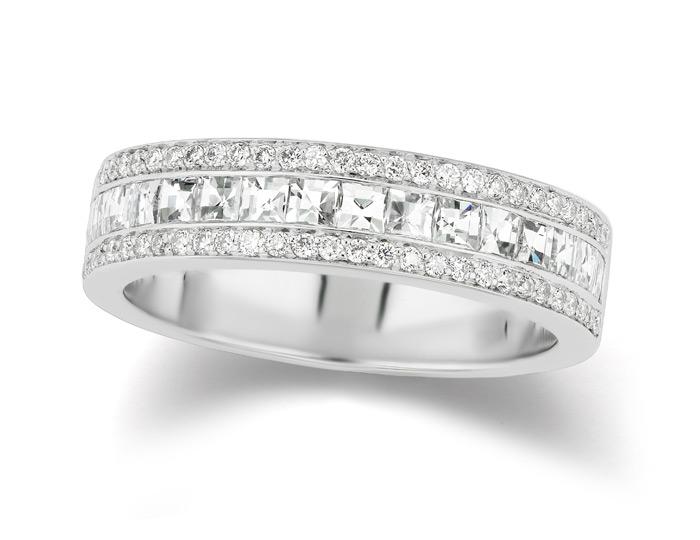 Bez Ambar blaze cut and round brilliant cut diamond band in 18k white gold.