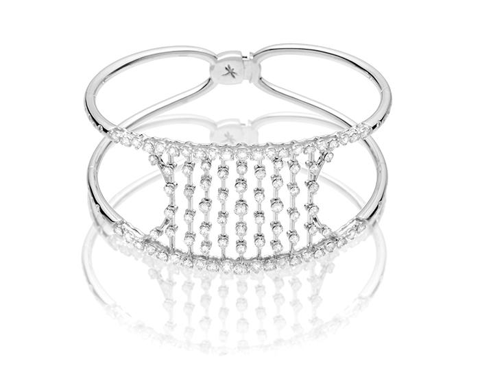 Casato Maureen Collection round brilliant cut diamond bracelet in 18k white gold.