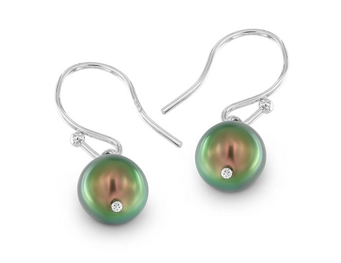 Tahitian pearl earrings in 18k white gold.