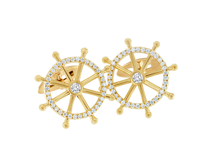 Round brilliant cut diamond cufflinks in 18k yellow gold.