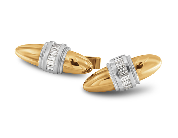 Baguette cut diamond cufflinks in 18k yellow gold and platinum.