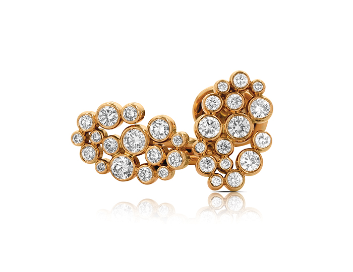 Round brilliant cut diamond cufflinks in 18k rose gold.