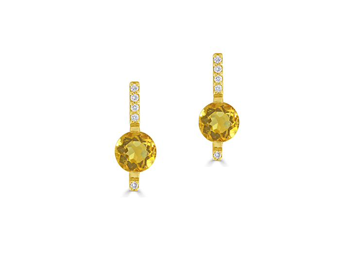 Citrine and round brilliant cut diamond earrings in 18k yellow gold.