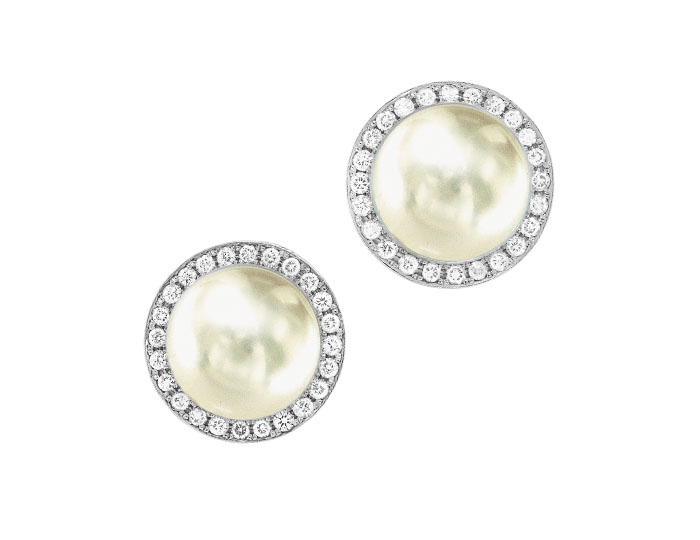 South Sea pearl and round brilliant cut diamond earrings in 18k white gold.