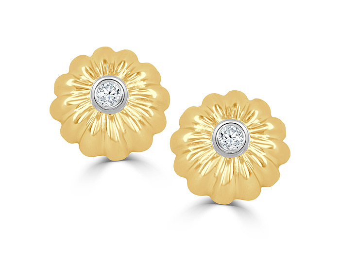 Round brilliant cut diamond earrings in 14k yellow gold.
