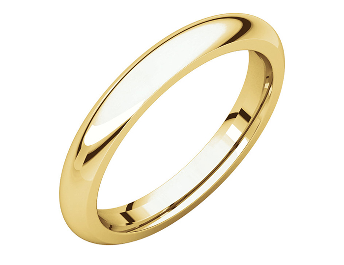 Men's 3mm wedding band in 14k yellow gold.