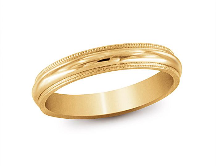 Men's wedding band in 14k yellow gold.