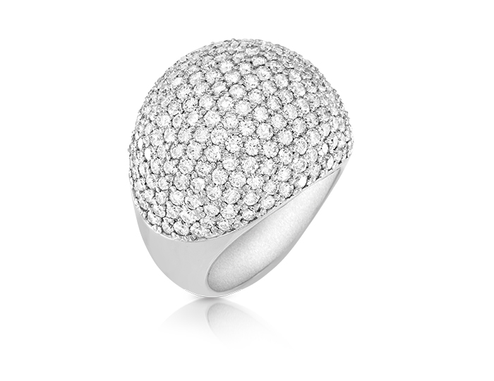 Round brilliant cut diamond cocktail ring in 18k white gold.