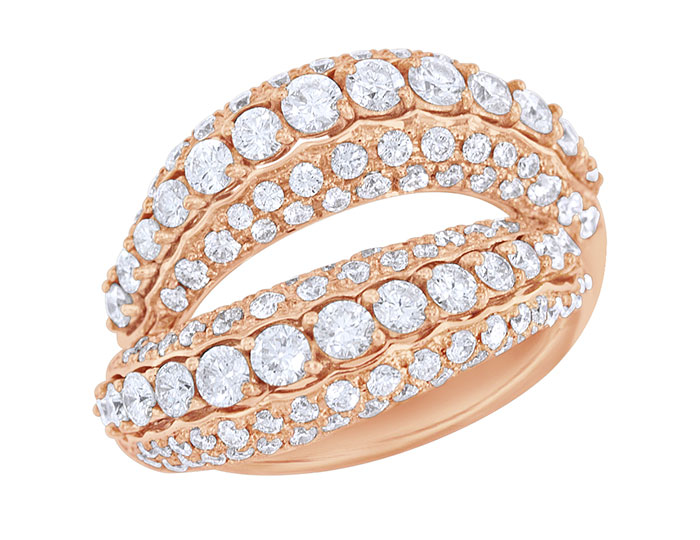Casato Hold Me Tight collection round brilliant cut diamond ring in 18k rose gold.