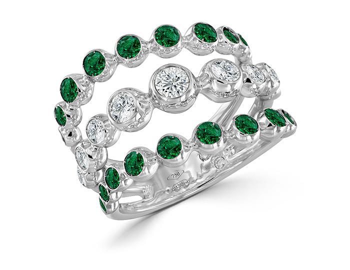 Casato emerald and round brillliant cut diamond ring in 18k white gold.