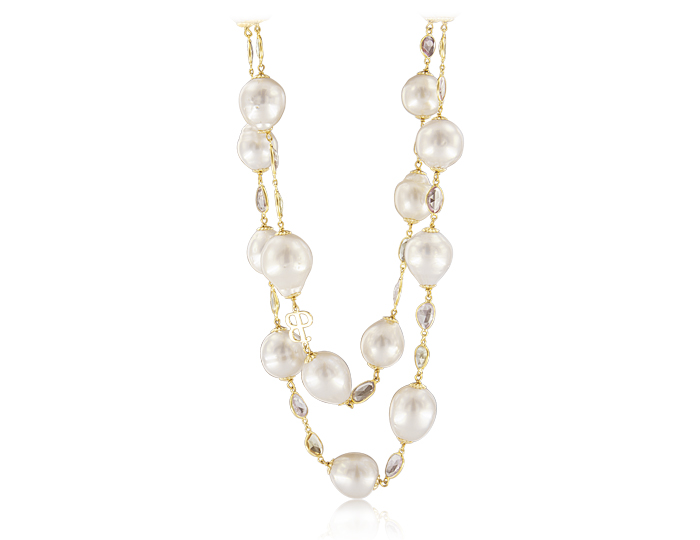 Baroque pearl and pink sapphire necklace in 18k yellow gold.
