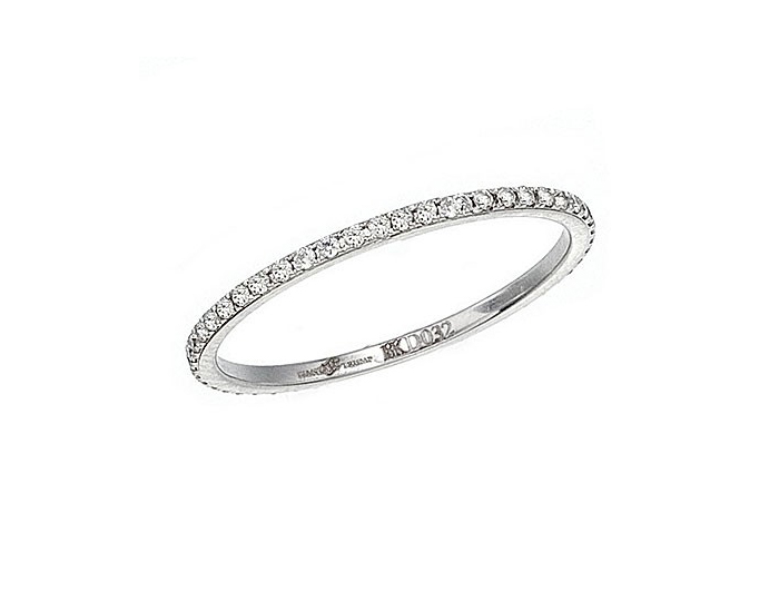 Black and White Collection round brilliant cut diamond band in 18k white gold.