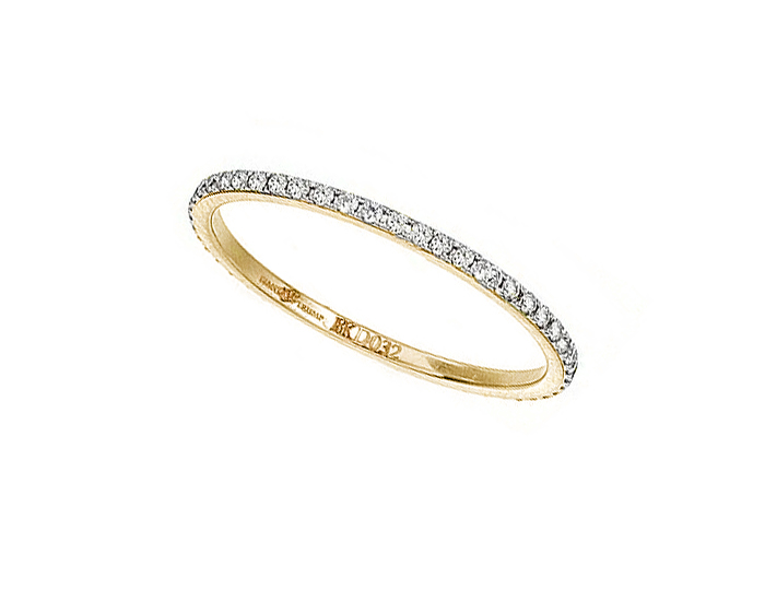 Ivanka Trump Black and White Collection round brilliant cut diamond band in 18k yellow gold.