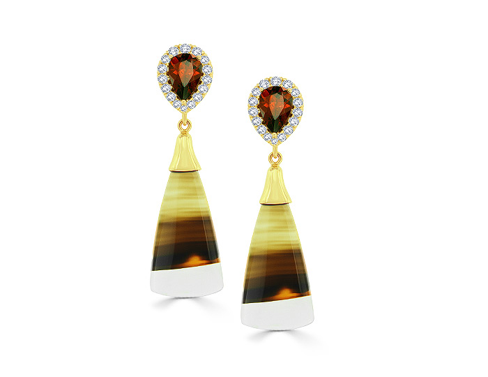 Pear shape garnet, round brilliant cut diamond and brazilian agate earrings in 18k yellow gold.
