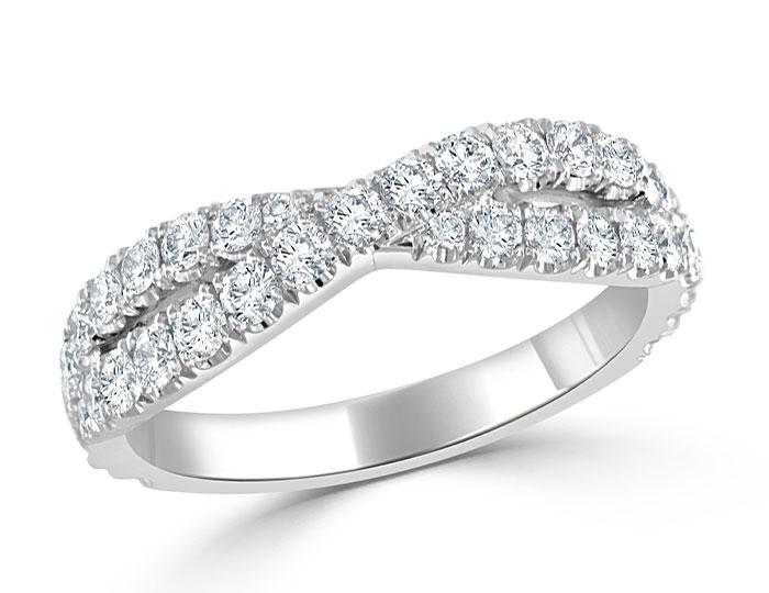 Round brilliant cut diamond band in platinum.