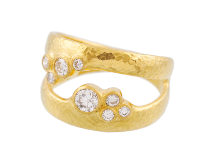 Gurhan Pointelle Collection round brilliant cut diamond ring in 22k yellow gold.