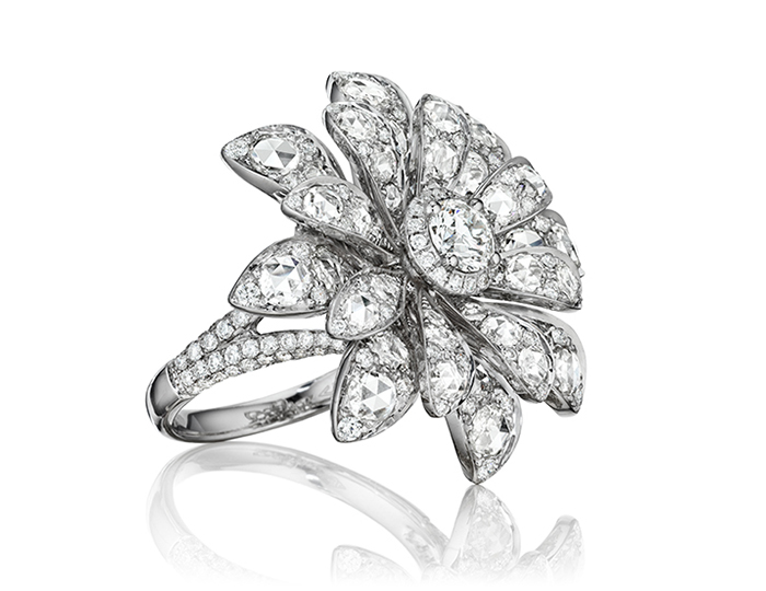 Maria Canale Aster Collection rose cut and round brilliant cut dimaond ring in 18k white gold.