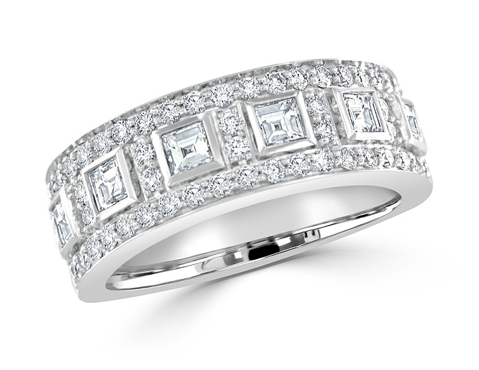 Square cut and round brilliant cut diamond ring in 18k white gold.