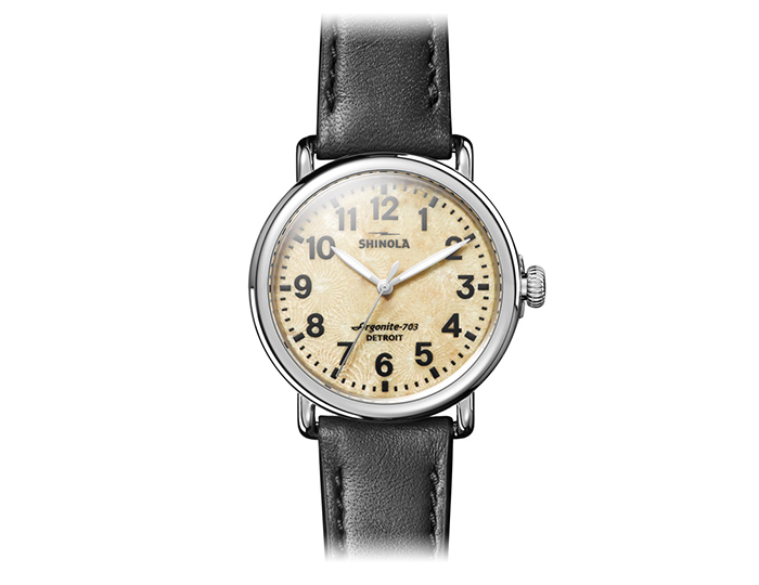 Shinola 41mm Runwell petoskey dial stainless steel leather strap watch.