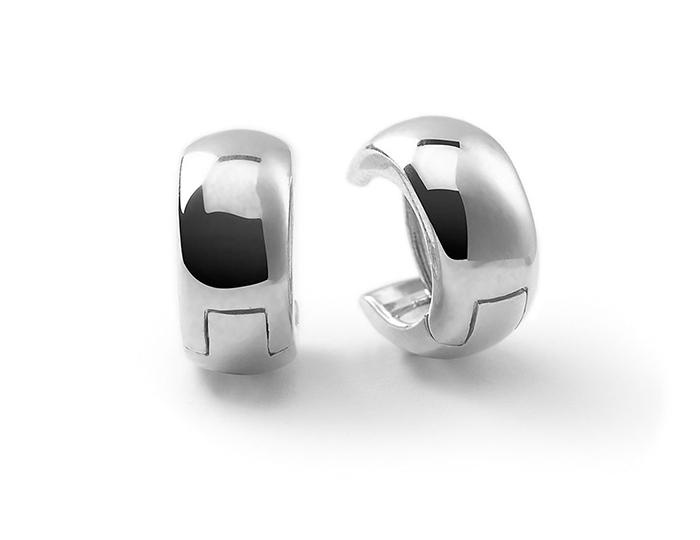 IPPOLITA Sterling Silver Glamazon Small Huggie Earrings.