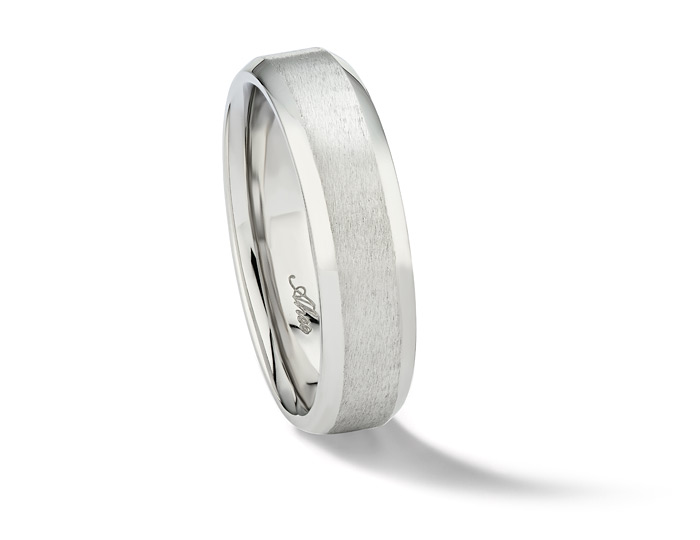 Men's 6mm wedding band in platinum.