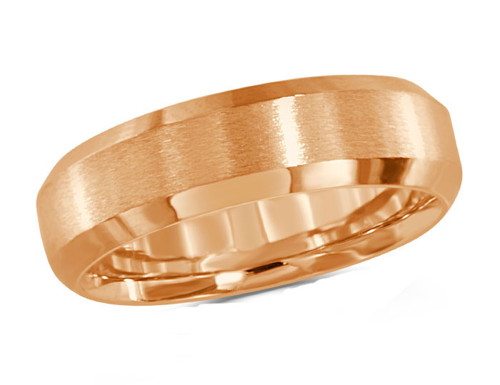 Men's wedding band in 18k rose gold.