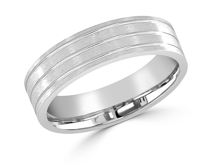 Men's wedding band in platinum.