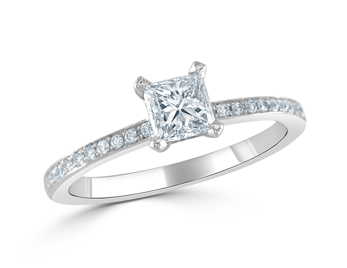 Princess cut and round brilliant cut diamond engagment ring in platinum.