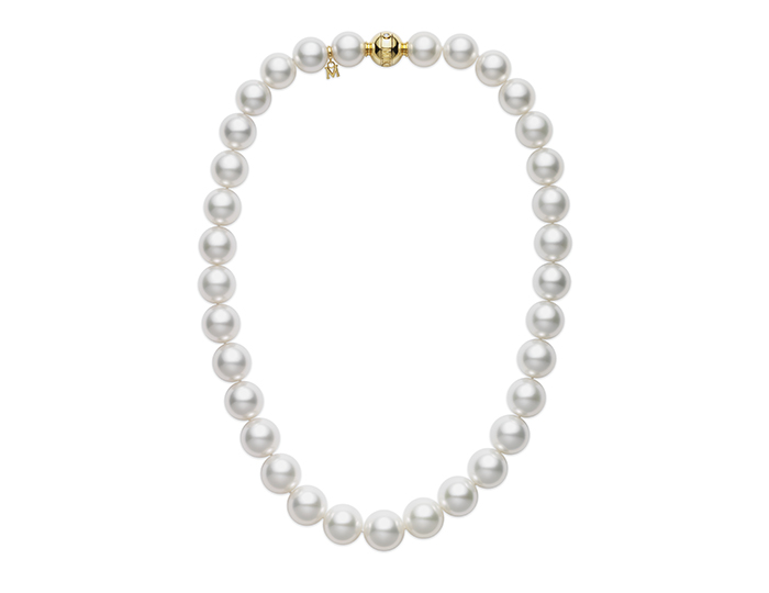 Mikimoto South Sea pearl and round brilliant cut diamond necklace in 18k yellow gold.