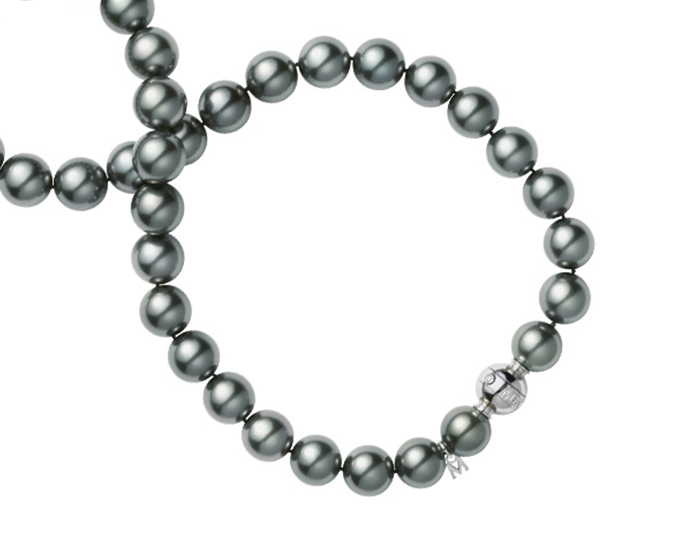 Mikimoto black Tahitian pearl necklace in 18k white gold.