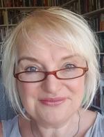 Virtual Program: A Gingerbread House author Catriona McPherson