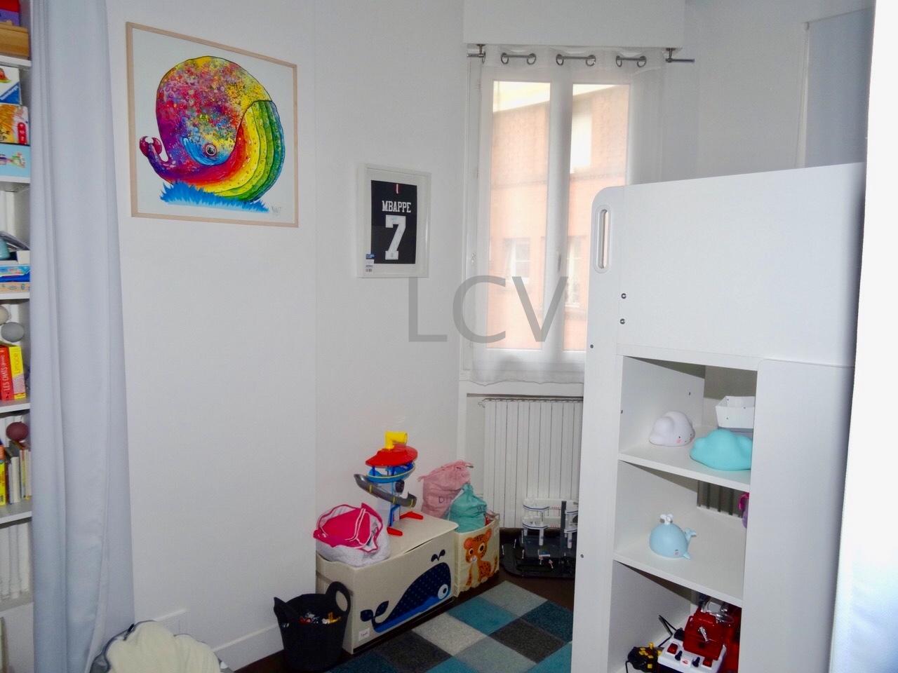 la-clef-des-villes-agence-immobiliere-boulogne-billancourt-photo-chambre-enfants