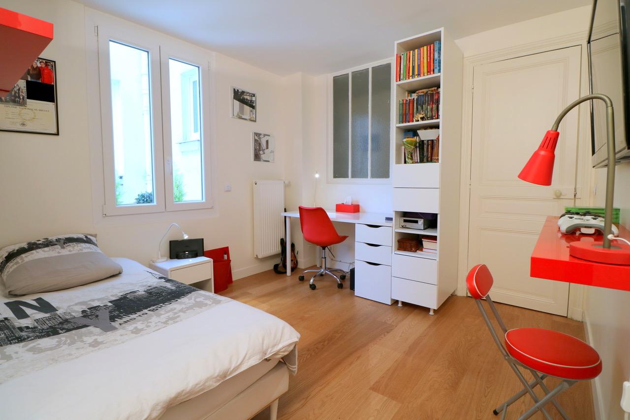 la-clef-des-villes-arnaud-mascarel-agence-immobiliere-chasseur-appartement- boulogne-billancourt-paris-16-villers-sur-mer-location-airbnb-jean-bouin-estimation-gratuite-chambre