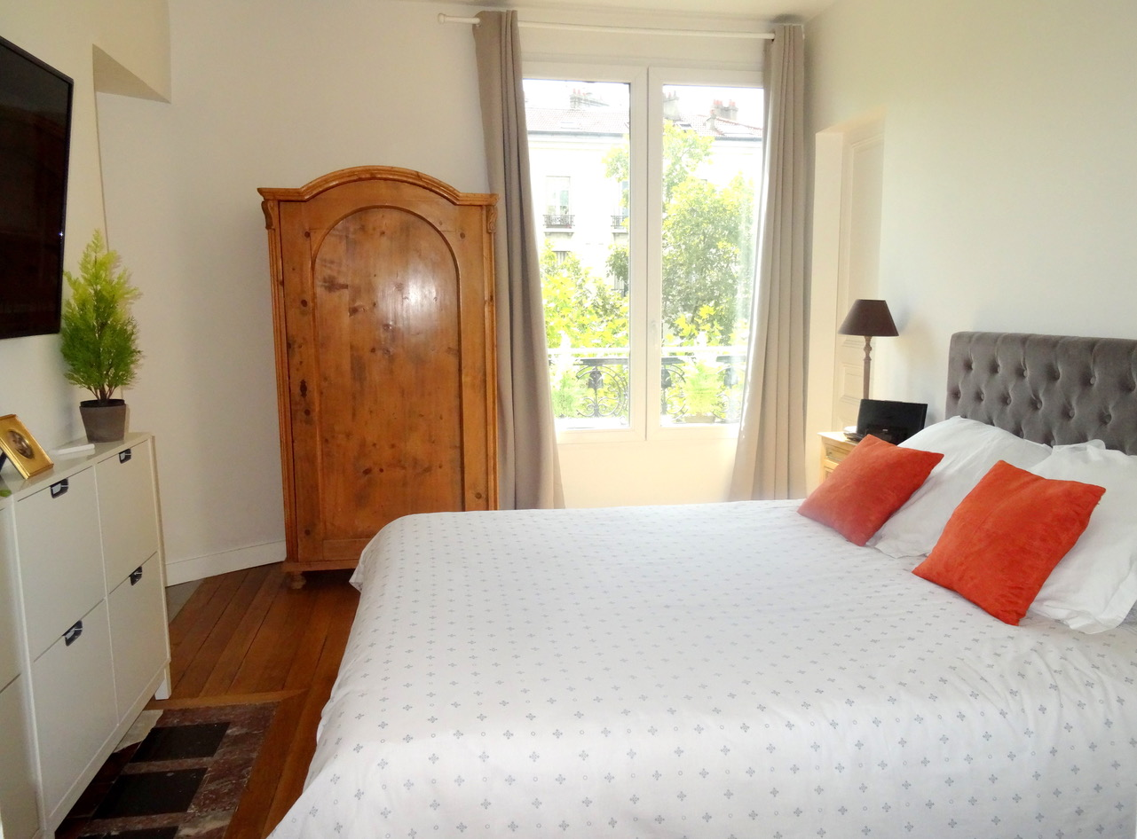 la-clef-des-villes-arnaud-mascarel-agence-immobiliere-chasseur-appartement- boulogne-billancourt-paris-16-villers-sur-mer-location-roland-garros-estimation-gratuite-master-bedroom