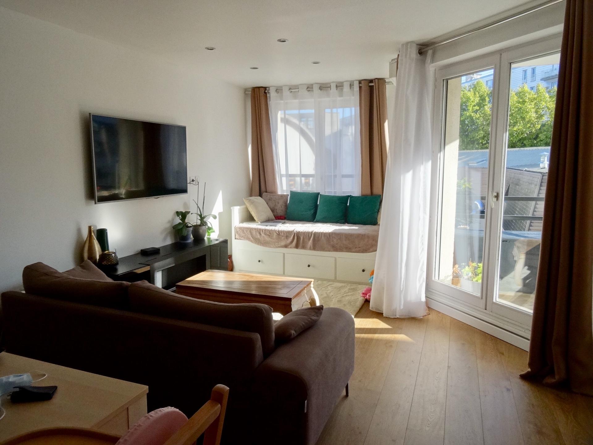 vente-appartement-3-pieces-boulogne-la-clef-des-villes-agence-immobiliere-salon
