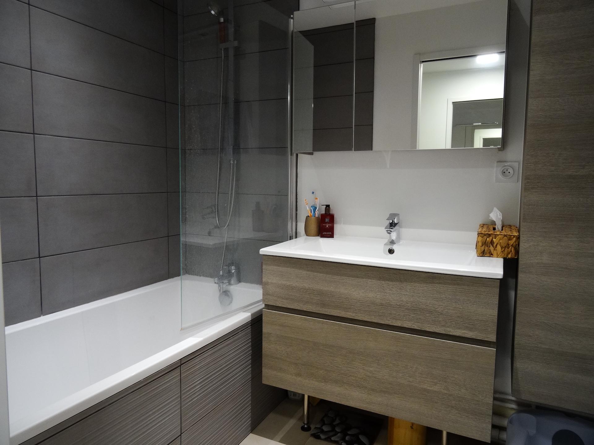 Vente-appartement-3-pieces-boulogne-la-clef-des-villes-agence-immobiliere-salle-de-bain
