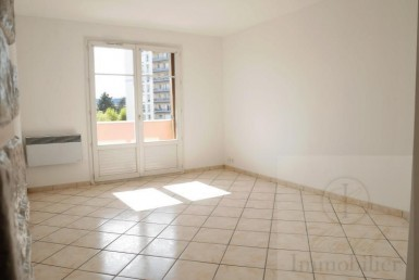 VENTE-00837-CASTEL-IMMOBILIER-POISSY-photo