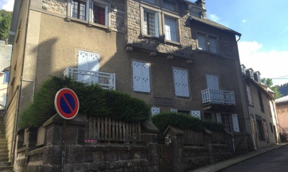 VENTE-4408-AGENCE-AUVERGNE-MONT-DORE-IMMOBILIER-mont-dore