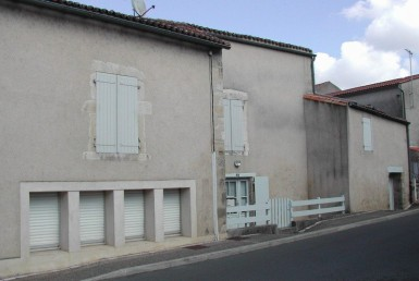 LOCATION-DG1396-DESCHAMPS-IMMOBILIER-airvault