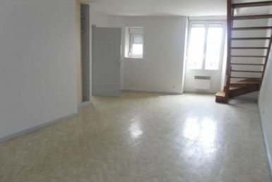 01448-AGENCE-DOYON-IMMOBILIER-LOCATION-CHAUMONT