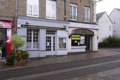 51655-la-ferte-mace-Local-Commercial-LOCATION