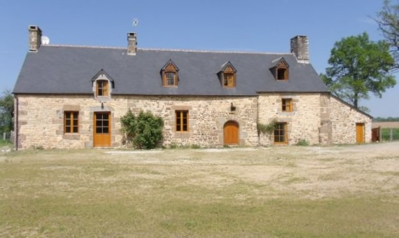 1656-magny-le-desert-Maison-LOCATION