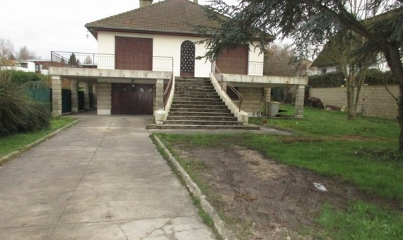 LOCATION-2085-ETUDE-IMMOBILIERE-GARBANI-santeny