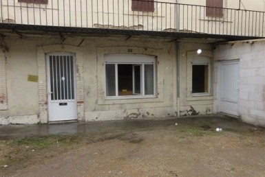 101801-montceau-les-mines-local-LOCATION